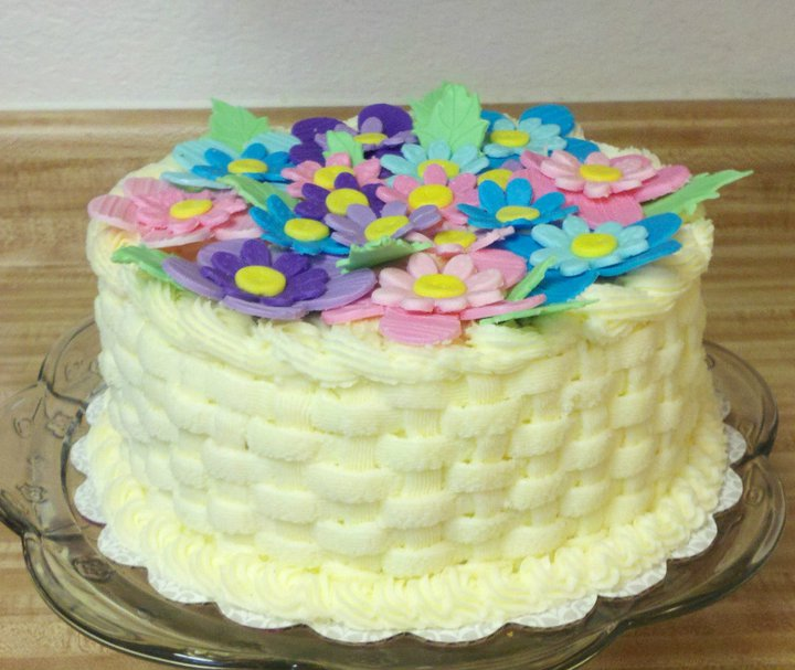 Easy Cake Decorating Ideas Buttercream : Pics For > Simple Buttercream Cake Decorating Ideas