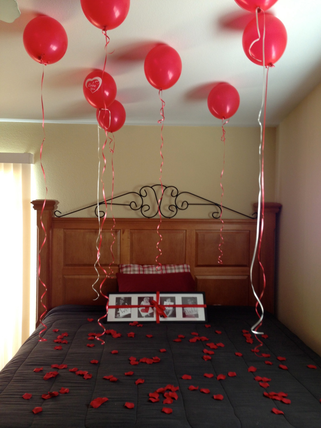 Decorate your bedroom to surprise your husband for Valentine's Day!